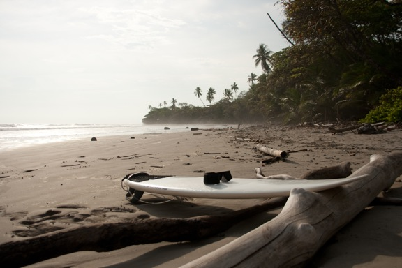 costa-rica-mal-pais-beach-surfboard