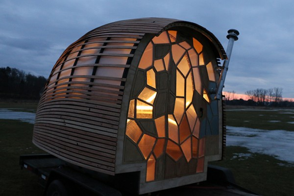 tiny-house-mobile-living-REED