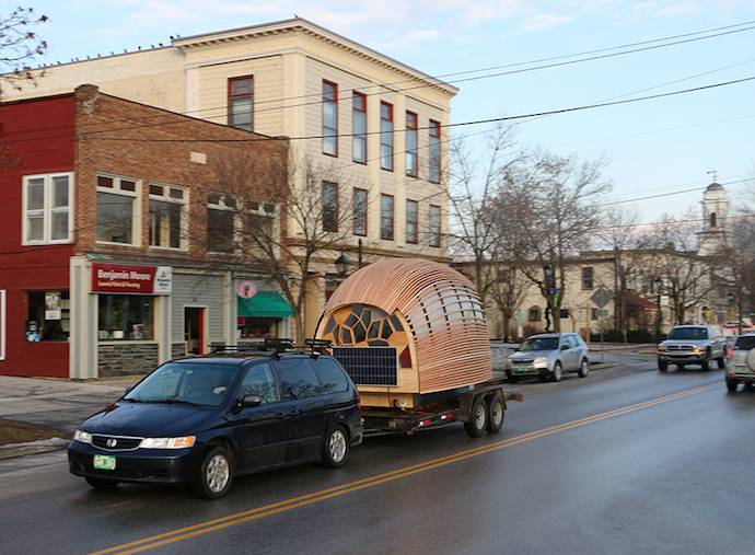 tiny-house-mobile-living-REED-car