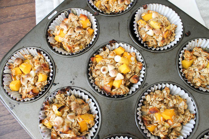 healthy mango-oatmeal-Muffin