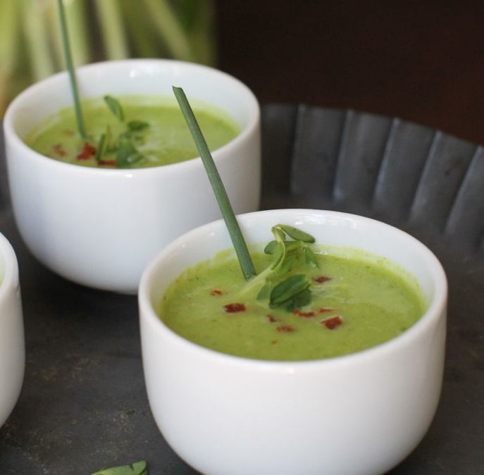 This delicious and healthy pea soup taste like springtime in a bowl.