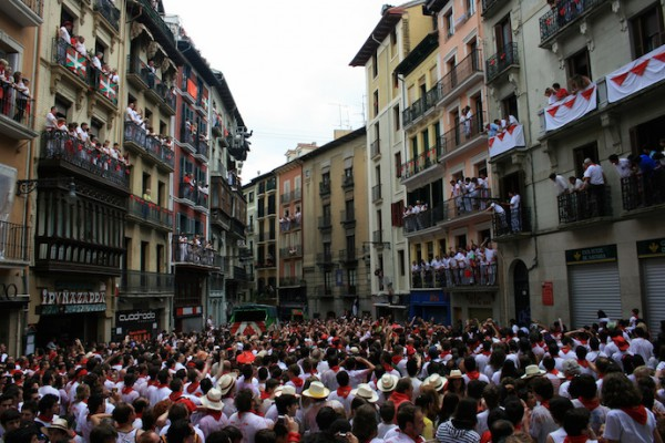 pamplona-running-of-bulls