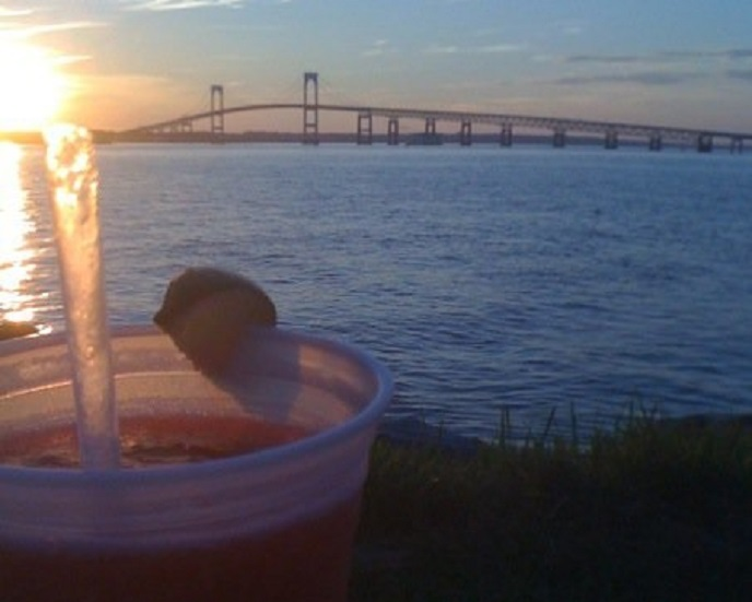 sunset-cocktails-pineapples-on-the-bay-newport-ri