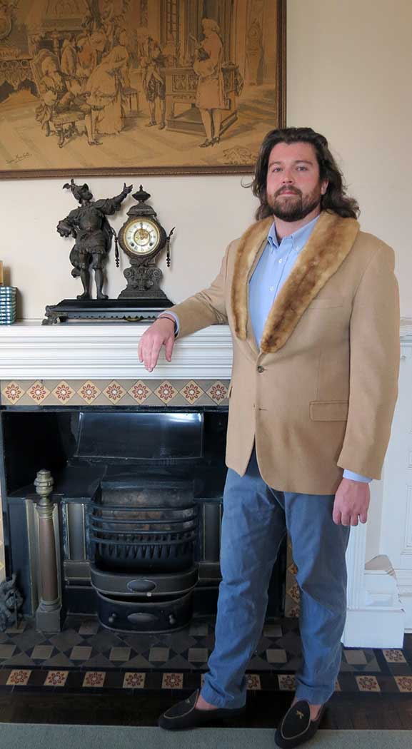 alden_hawkins_duende shoes camel hair blazer with mink collar fireplace newport ri
