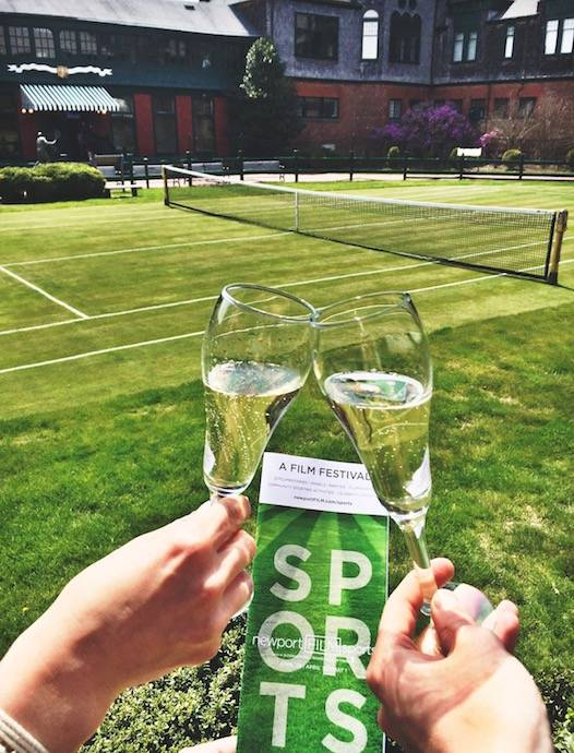 newport-ri-tennis-hall-of-fame-champagne-clink