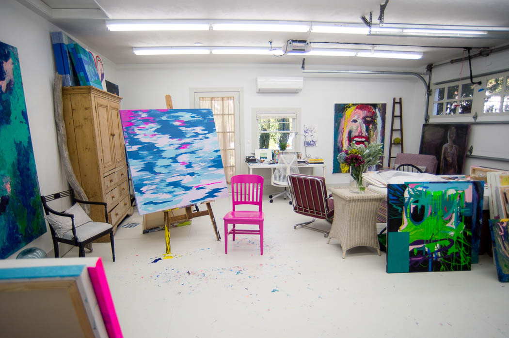 house-tour-portsmouth-ri-butler-cottage artists studio