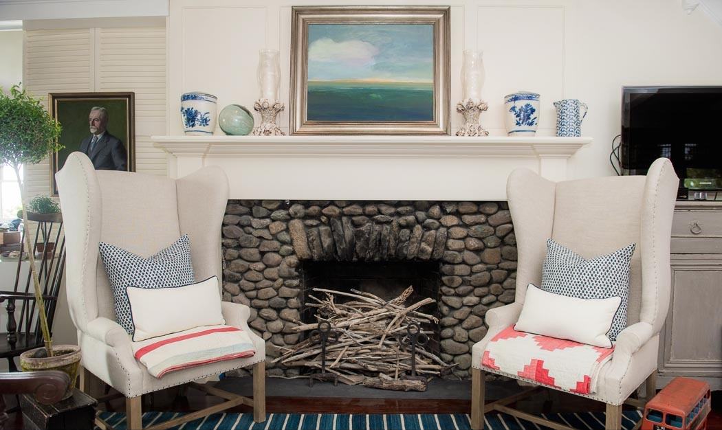 house-tour-portsmouth-ri-butler-cottage-fireplace